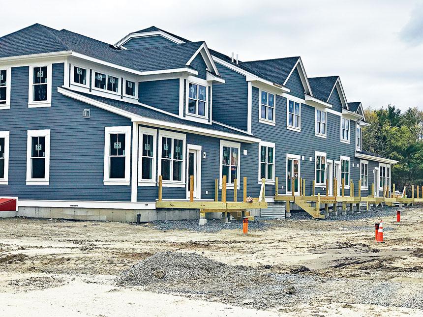波士頓郊區的在建房地產項目。溫友平攝影