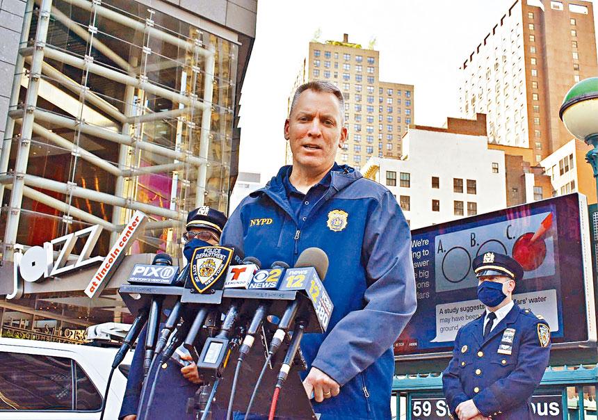 市警於14日下午在哥倫布環舉行記者會,就案件狀況予以說明。