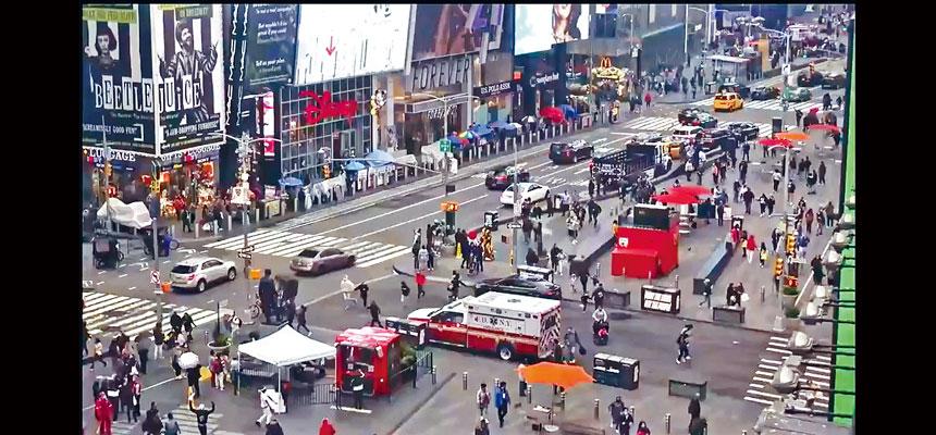 槍擊事件發生後,行人路及馬路大部分區域被封鎖。