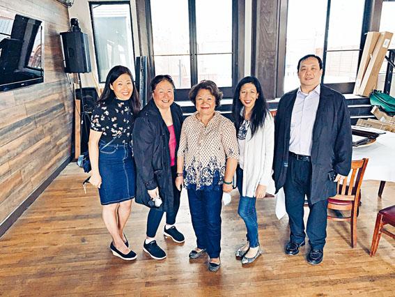 活動參與人員合影。左起:李新加、李美華、王燕怡、潘雅怡、與Ricky Mui。
