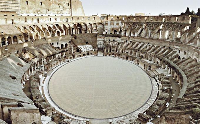 羅馬鬥獸場舞台中央鋪上地板後的繪圖。