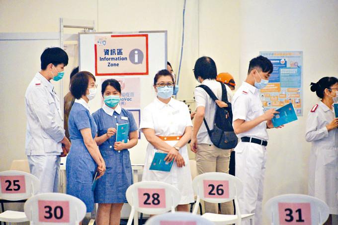 醫管局迄今僅三成職員接種新冠疫苗。