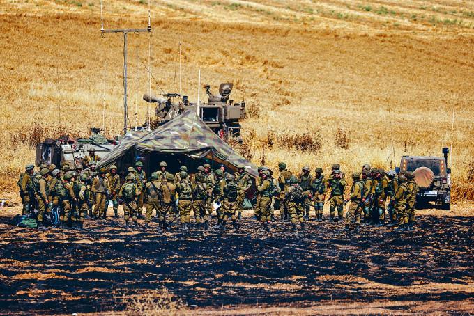 以色列炮兵部隊在加沙邊境部署。