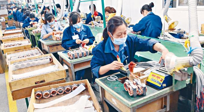 廣東的勞動人口比例全國最高。