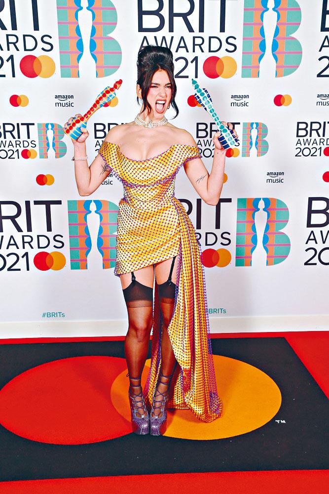 Dua贏最佳專輯及英國歌手兩大獎成贏家。