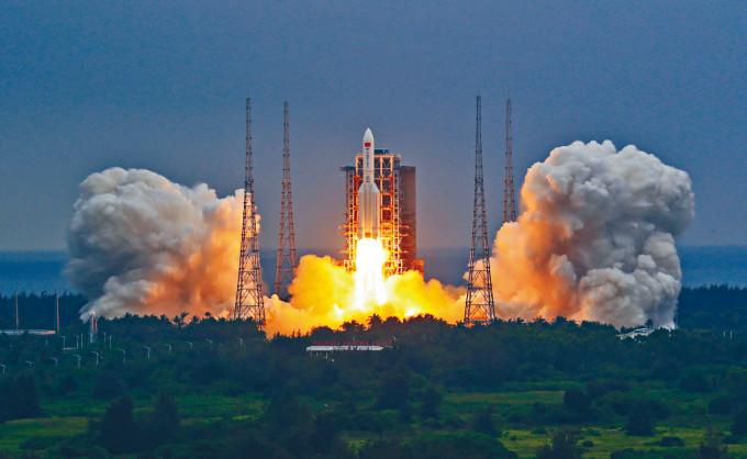 長征五號B火箭上月二十九日在海南升空。