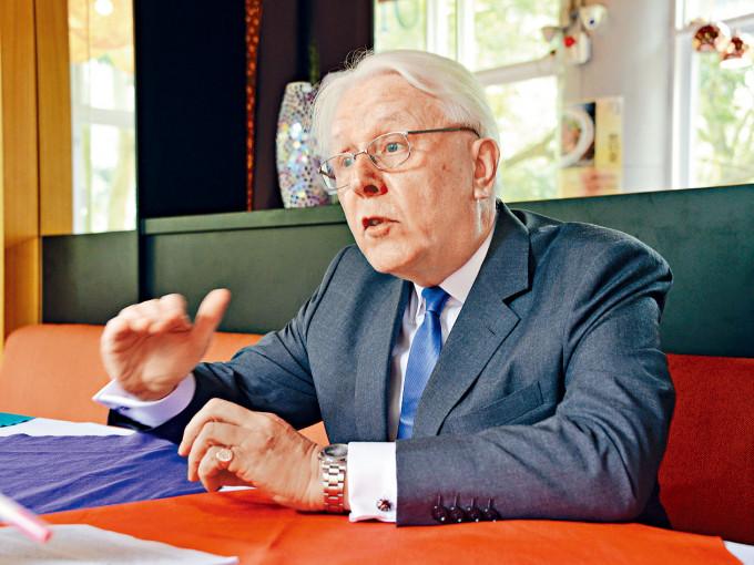 江樂士表示,可加強處理司法人員投訴的效率及信譽。