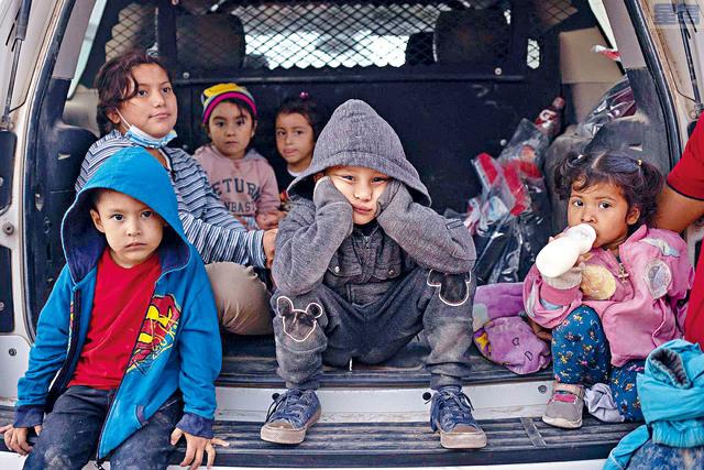 總統拜登宣布調整接收難民的配額,上限將從原來的1.5萬人增至6.25萬人,但今年之內恐怕難以達到這個水平。    路透社