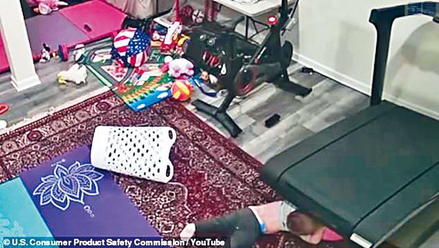 ■CPSC曾上載影片,向公眾展示其中一宗兒童捲入Peloton出產的跑步機事故的經過,呼籲消費者應立即停止使用這款跑步機。