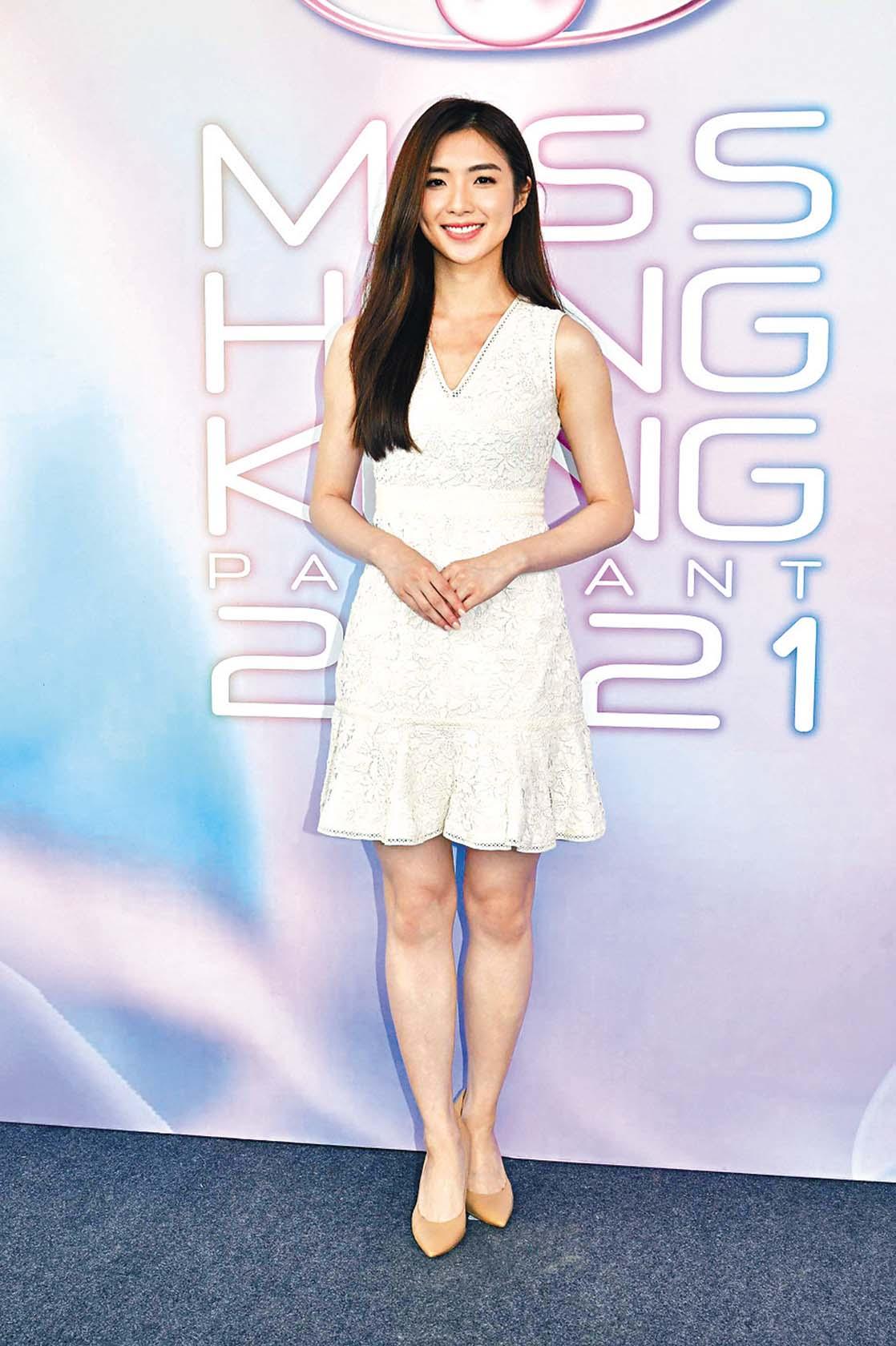 Carina Leung樣貌出眾。