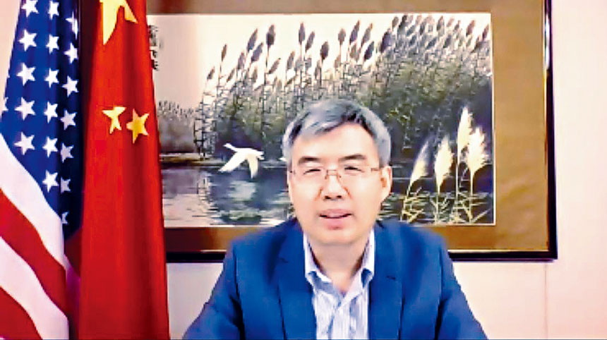 趙建總領事介紹了「中國領事APP」相關的背景、功能與惠民的措施。梁敏育攝