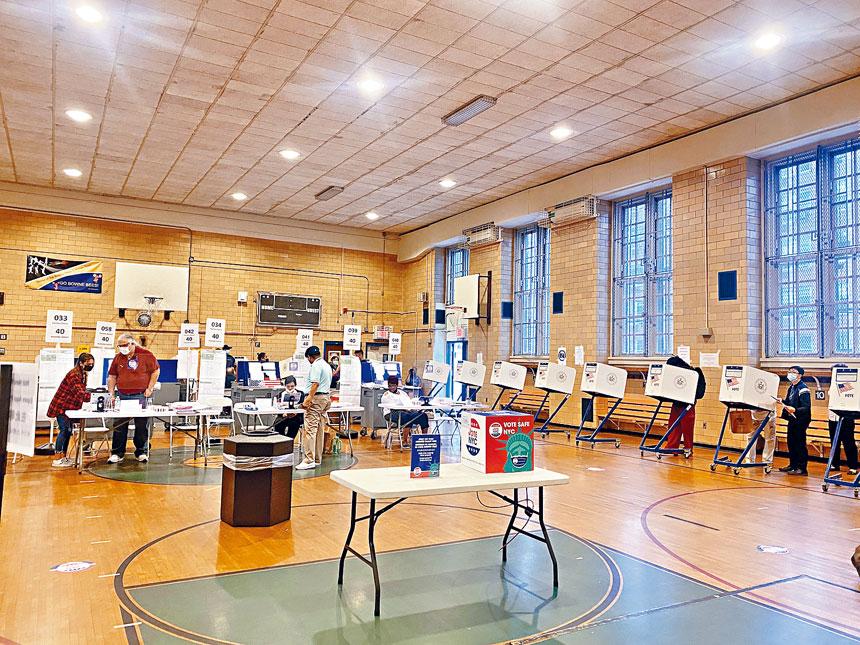 第20小學投票站是法拉盛的熱門投票點。