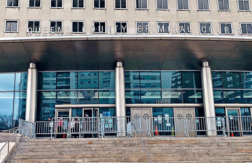 在皇后區檢察官卡絲要求皇后區刑事法院撒銷或封存3,255宗涉及大麻的案件。