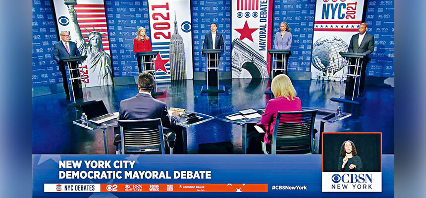 各主要候選人就政治願景和個人道德等激烈辯論。WCBS-TV via The New York Times圖片