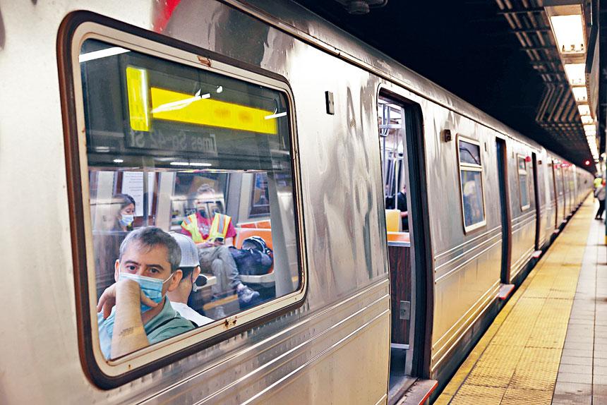 上月共發生了132宗車廂內部髒污事件。 Hiroko Masuike/紐約時報