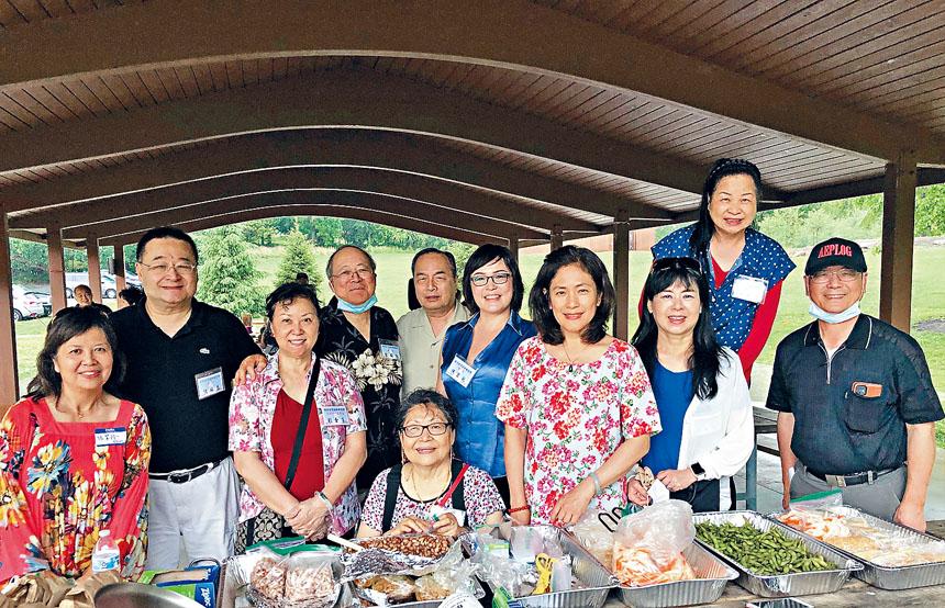 華府台聯會舉辦端午節烤肉暨兒童繪畫比賽。
