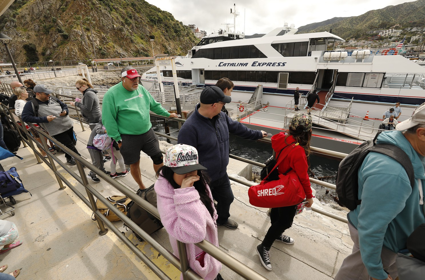 民眾準備搭船前往卡塔利娜島。(圖片與本案無關)洛杉磯時報