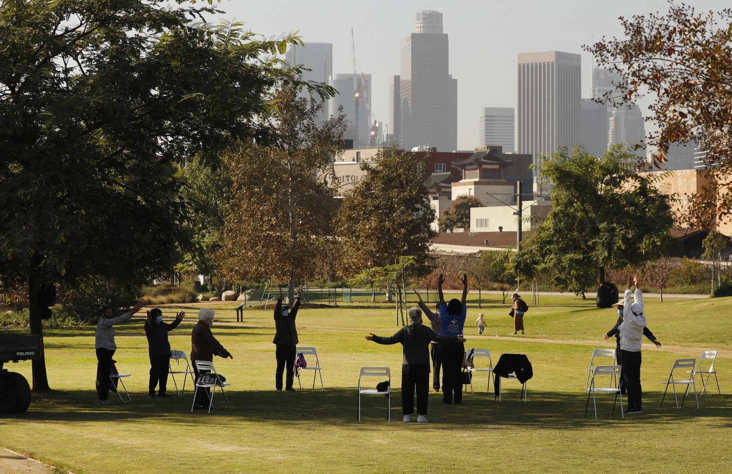 洛市康樂與公園局轄下多座公園將在暑假期間提供未成年學子免費午餐。洛杉磯時報