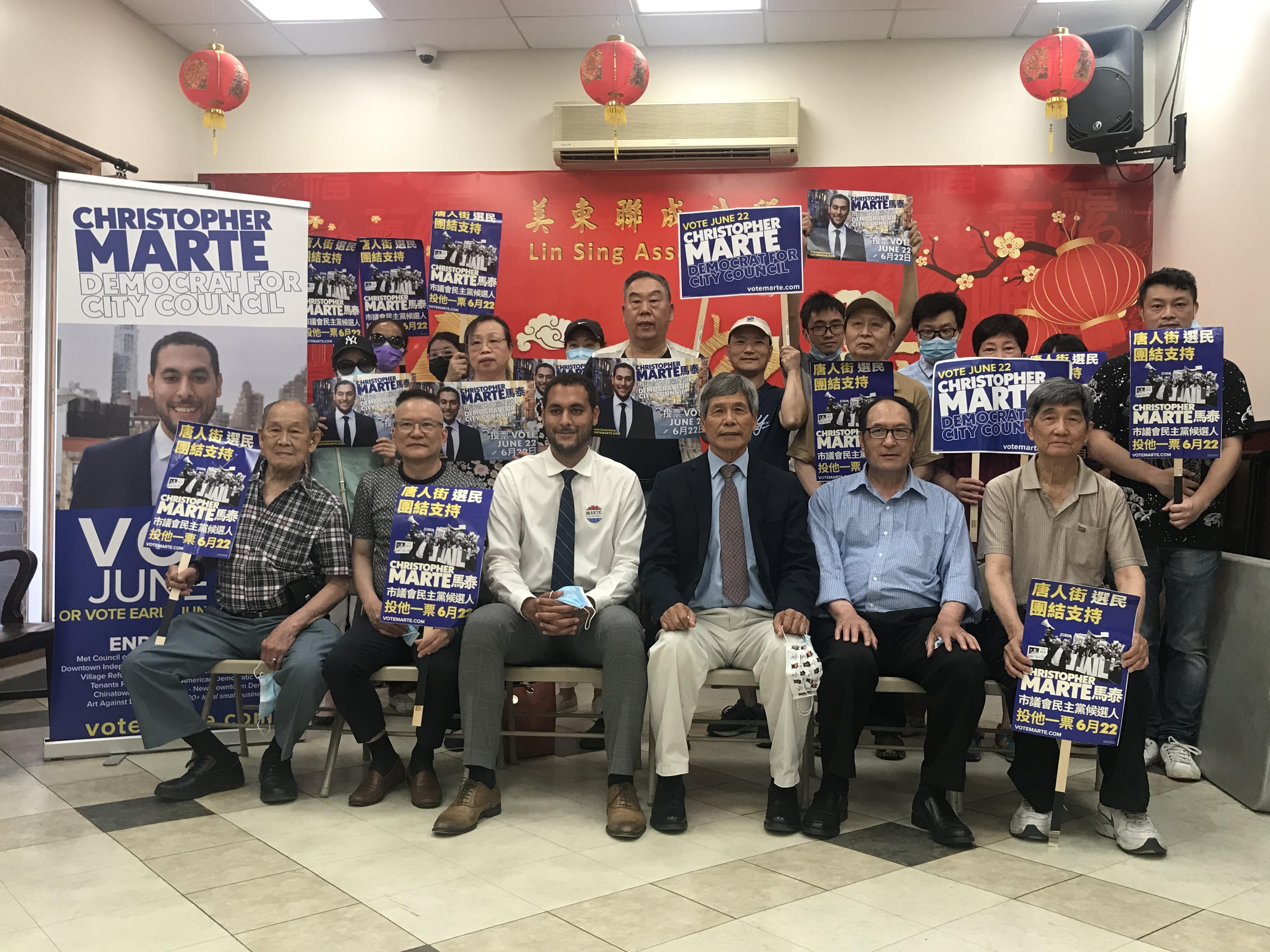 第一選區市議員候選人馬泰拜訪聯成公所。