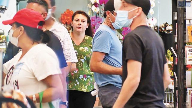 公衛專家憂心今年流感季將提前到來,流感新冠恐同時肆虐。KGTV