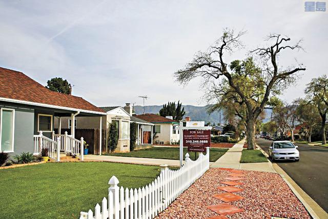 洛杉磯房地產經紀人認為,民眾對於住房大量壓抑需求正在推動轉售價格越來越高。洛杉磯時報