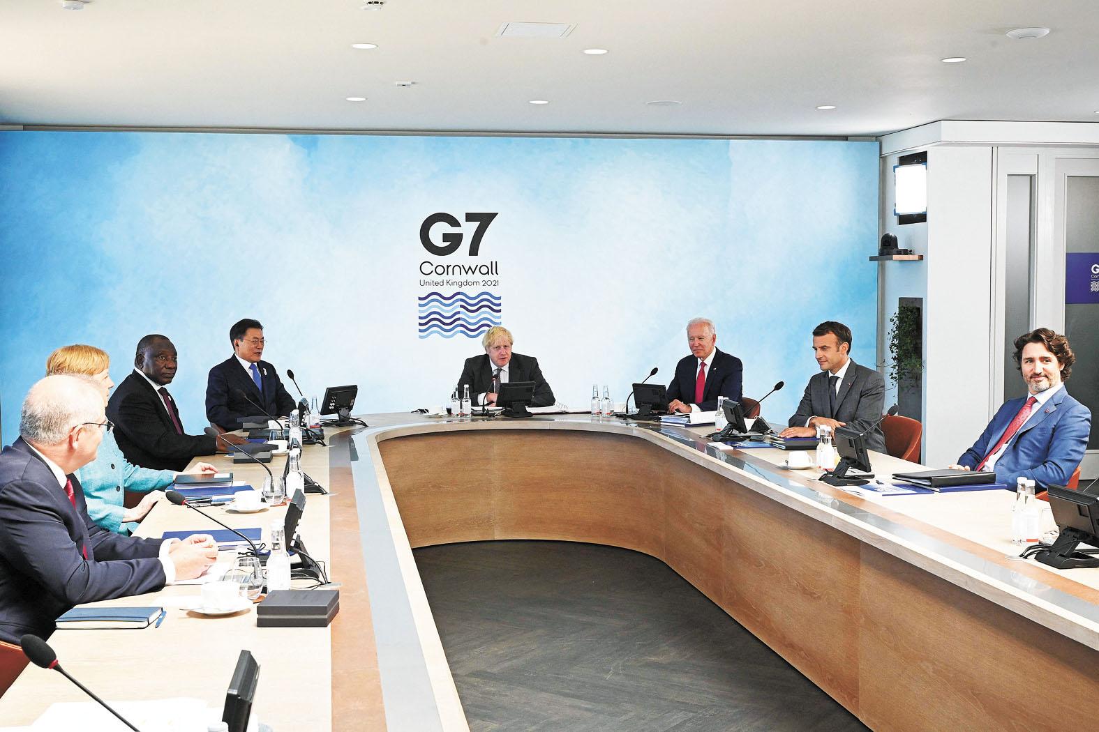 12日,G7第二天峰會採納一項由美國倡導的全球基建新計劃,旨在抗衡中國的「一帶一路」倡議。法新社