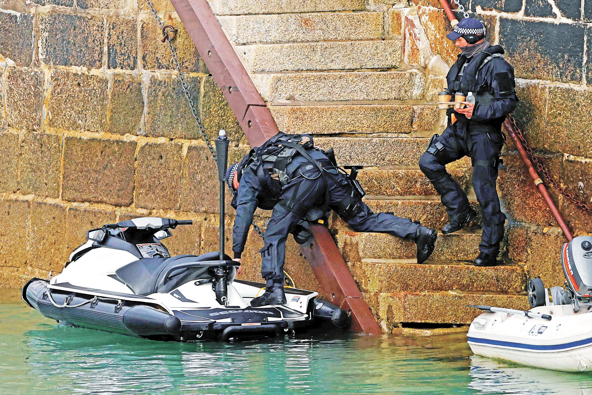 G7峰會將在英國康沃爾郡卡比斯灣舉行,警方在當地加強警戒。法新社