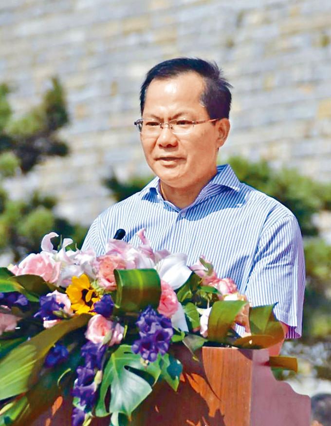 珠海學院新校董杜舉勝,在廈門國貿教育集團擔任總經理及黨委副書記。