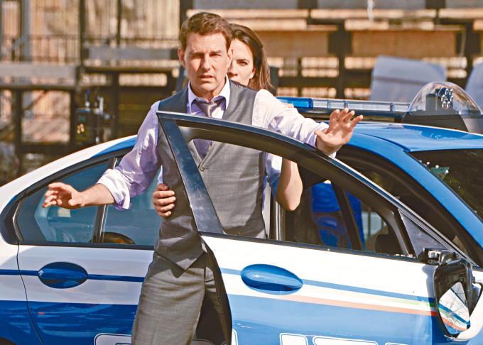 靚佬湯主演及監製的《職業特工隊7》被指要在21日內完成拍攝。