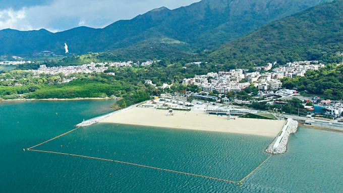 康文署轄下大埔龍尾泳灘,明天起開放公眾使用。