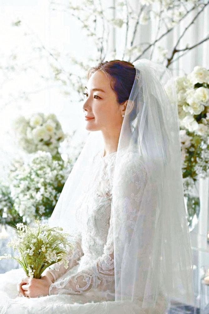 崔智友成為爆料對象,其丈夫被指曾任牛郎。