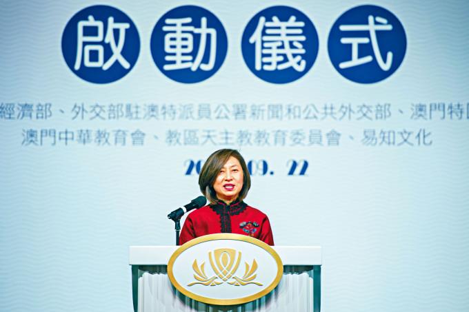 永利澳門(1128)副主席兼執行董事陳志玲表示,受廣東省的疫情影響,近期來澳門入住酒店的內地旅客減少逾兩成。