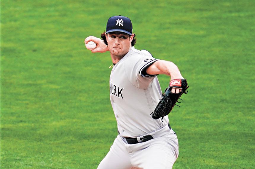 科爾在對陣雙城的比賽中投球。美聯社