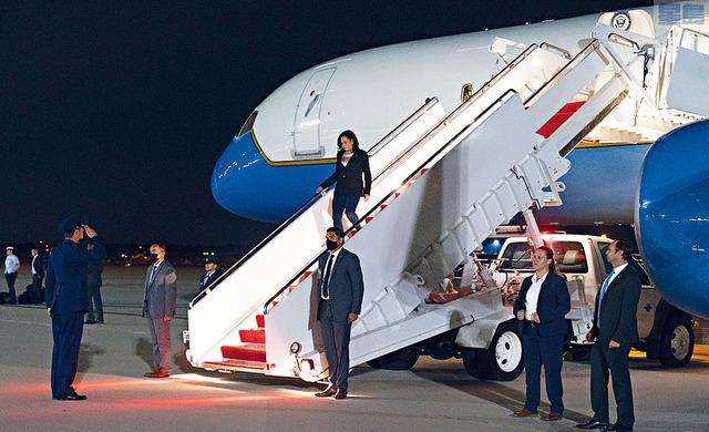 ■副總統賀錦麗結束首次出訪回美,但飽受各方抨擊。美聯社