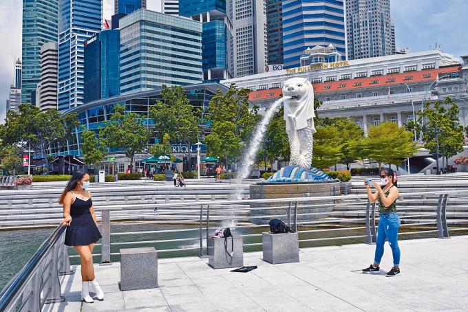 新加坡本土確診上升,港星「旅遊氣泡」計畫第三度觸礁。